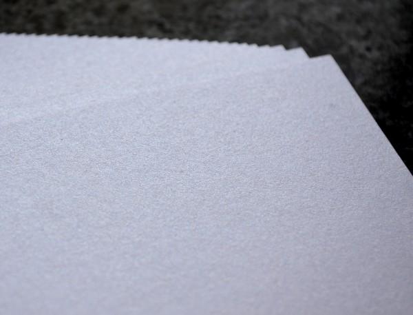 Doppelkarten A6 250 g Weiß Irisierend